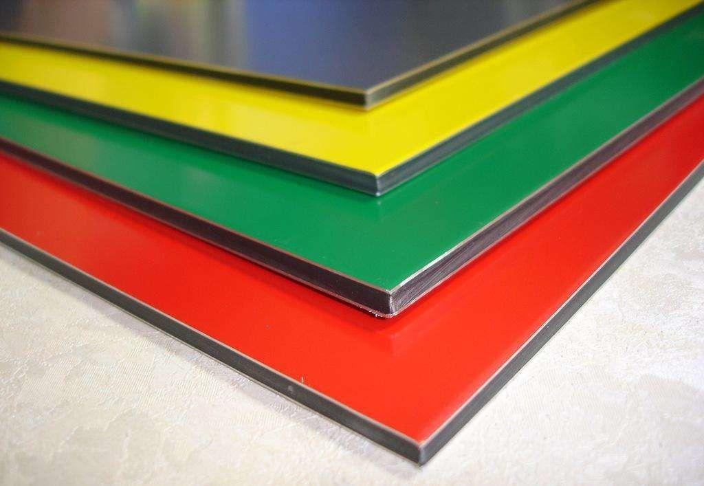 China Solid Advertisement Sheet PVDF/PE Coating Aluminum